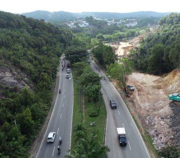 Penampakan jalan Southlink Tiban dilebarkan jadi dua ruas. FOTO/ BP Batam